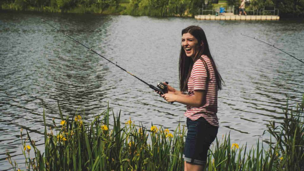 Best Telescopic Fishing Rods 2021: Reviews & Buyer's Guide